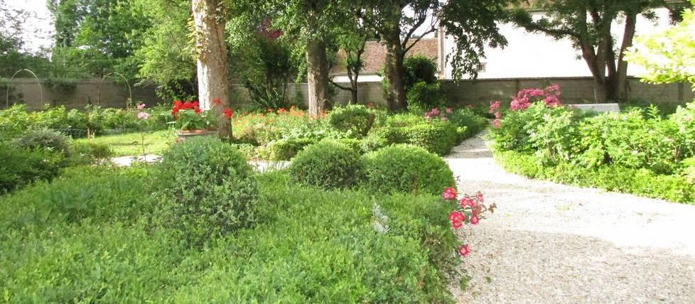 Chambre hotes bourgogne villa mazi re for Chambre d hotes de charme bourgogne